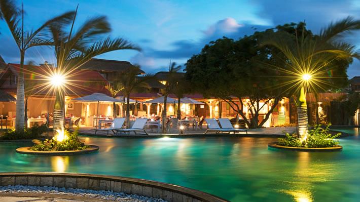 Hotel mauritius sports activities mauritius zilwa for Swimming pool mauritius